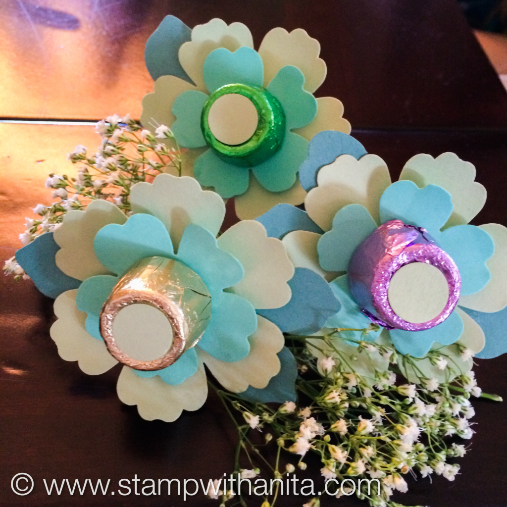 Punch Flower Napkin Holders www.stampwithanita.com
